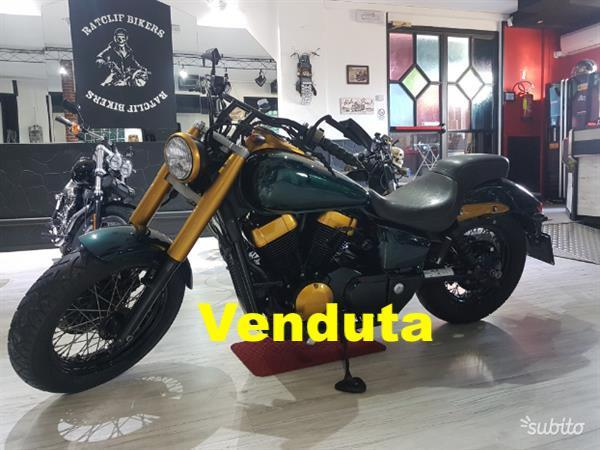 Honda Shadow Vt 750 Classic Green and Gold