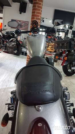 Harley-Davidson Sportster Xl 883 R