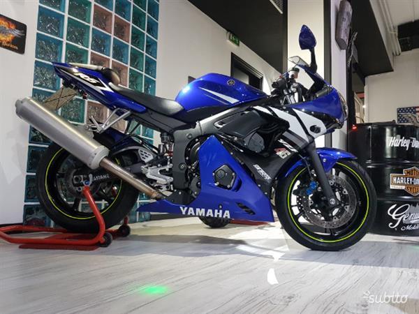 Yamaha Yzf R6 Blu Deltabox lll