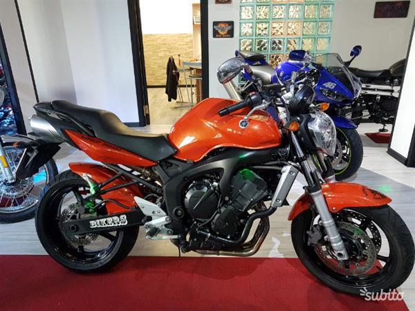 Yamaha Fz6 Arancione 98 cv