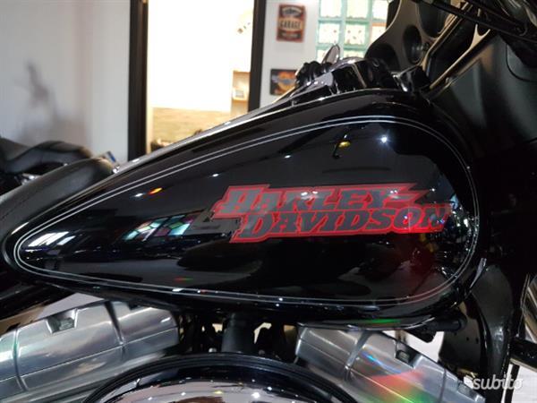 Harley Davidson Electra Glide Classic 1450 FLHTC