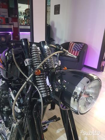 Harley-Davidson Sportster Xl 1200 C Special Springer Carburatore
