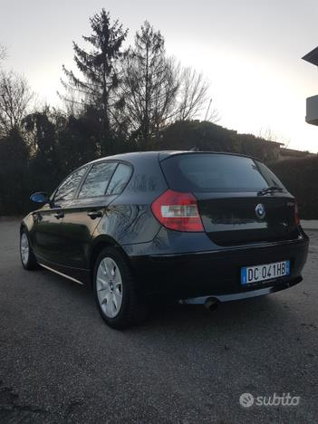 BMW Serie 1 (E87) 118d Eletta Cat 5 Porte
