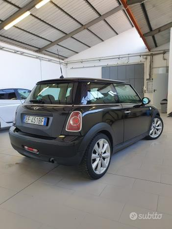 MINI Mini Cooper One (R56) 1.6 Benzina Restyling