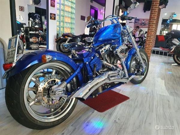 HARLEY-DAVIDSON Softail FXCWC Rocker C Special S&S 106''