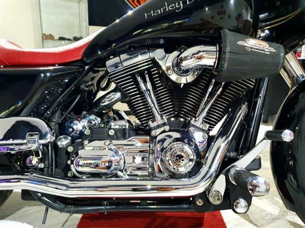 HARLEY-DAVIDSON Street Glide 1584 Special Bagger