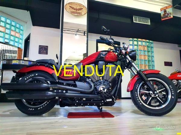 VICTORY Judge 1730 Special Rosso Perl - 2018