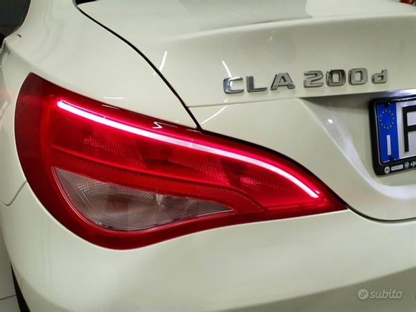 MERCEDES-BENZ CLA 200d Coupe' Restyling White