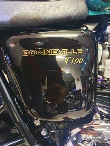 TRIUMPH Bonneville T100 Bi-Color Limited 865