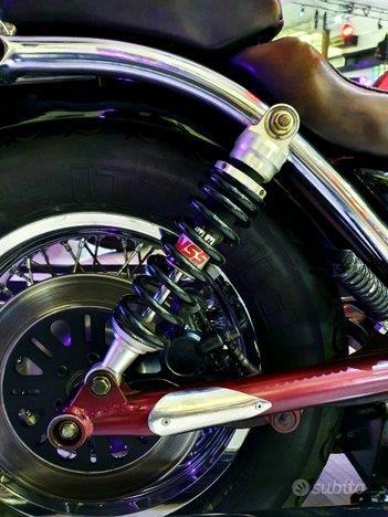 SUZUKI Intruder Vs 1400 Black/Bordeaux