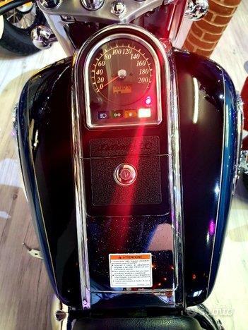 SUZUKI Intruder VL 1500 LC Limited Petrol
