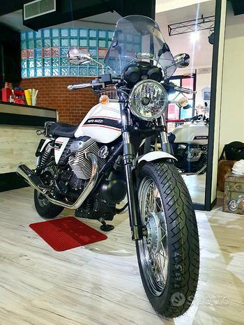 Moto Guzzi V7 Classic 750cc - Bianco Perla