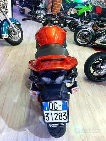Suzuki GSR 600 Sedona Orange