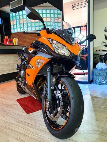 Kawasaki Ninja 650 Nera / Arancione 70 Cv - My 2020